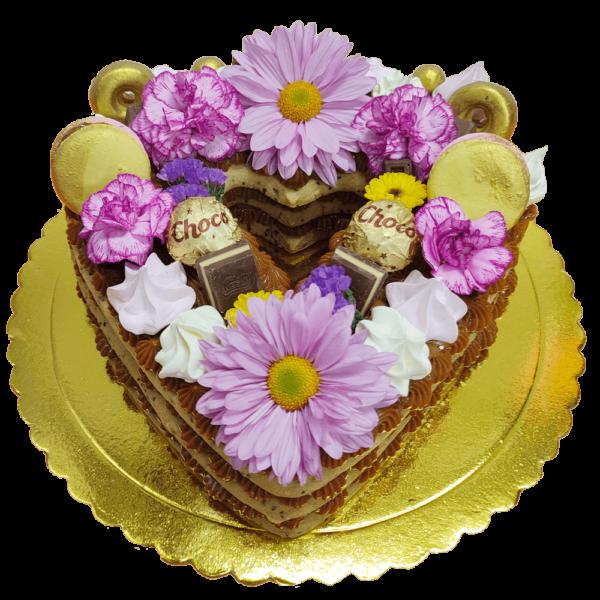 Torta de corazón relleno de manjar blanco